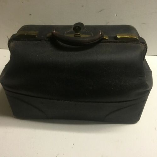 Antique leather Dr. medical bag with key