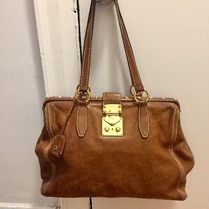 Authentic Miu Miu purse originally 1000$+