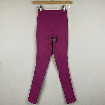 """LULULEMON Size 4 Pink Raspberry ZONE IN TIGHT 25"""" Seamless Compression Yoga M39"""