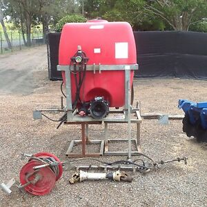 Silvan 400lt spray unit Pokolbin Cessnock Area Preview