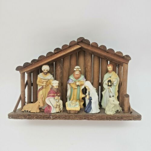 Christmas Nativity Scene Baby Jesus 9 Piece Figurines In A Stable