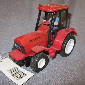 483D-Juguete-Tractor-Agricole-Gato-Rojo-13-5cm