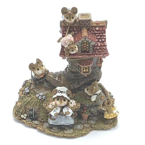 Wee Forest Folk Miniature Figurine Little Mice Who Lived in a Shoe Signed M-189
