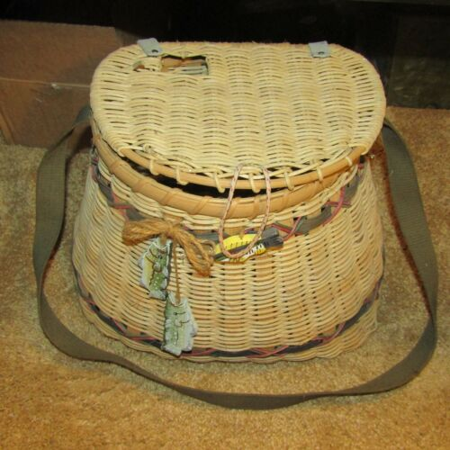 VINTAGE WOVEN FISHING CREEL WITH CANVAS HARNESS-NICE !!