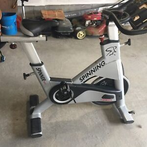 High end spinning bike