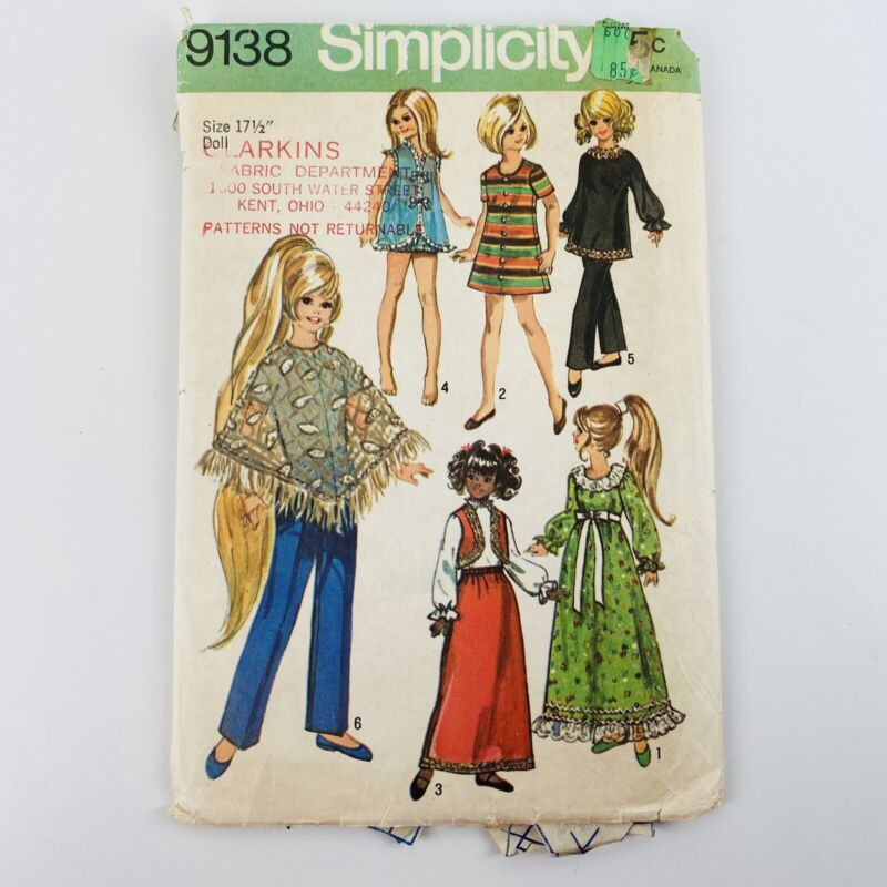 """Simplicity Pattern 9138 Small Doll Clothes 17.5"""" (1970)"""