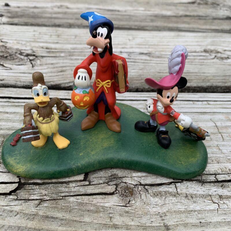 Disney Dept 56 Happy Haunting  Mickey, Goofy Village Halloween-2004 ! Broken !!