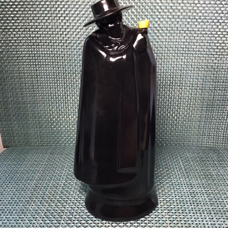 Royal Doulton Sandeman Port Bottle Vintage Ceramic Decanter Cape Halloween READ!