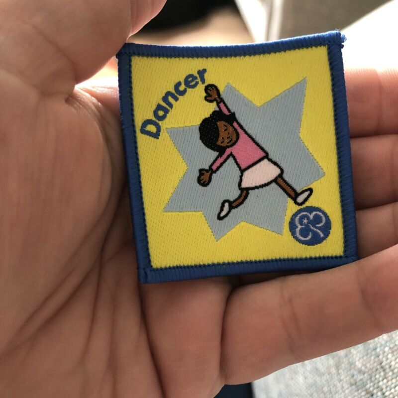 Girl Guiding Obsolete Brownie Dancer Woven Badge