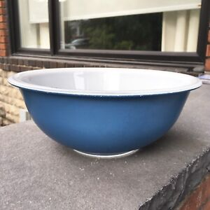 Vintage Blue Clear Bottom 325 Pyrex Mixing Bowl