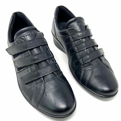corse black leather 3 strap wedge sneaker