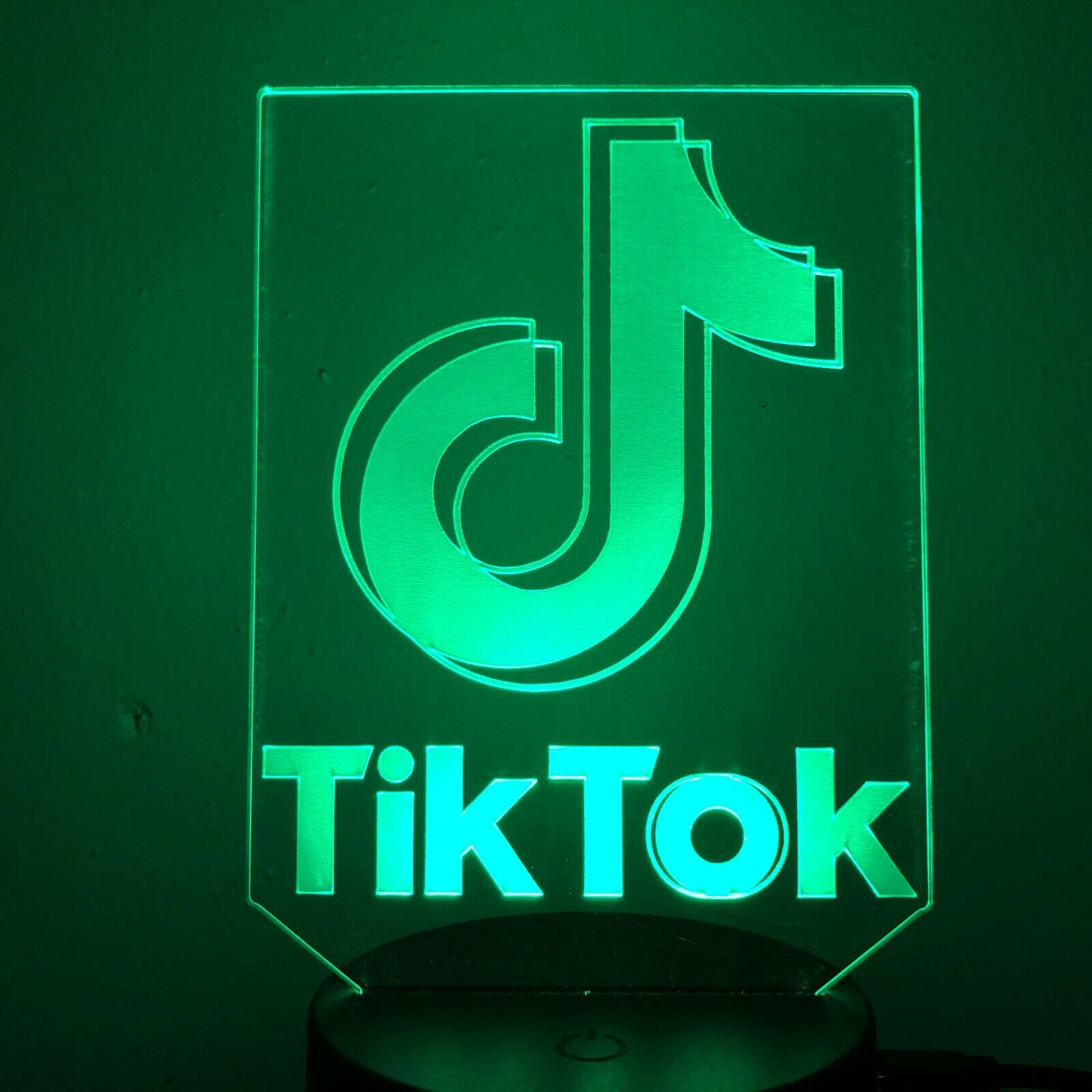 GITF 7 Colour TIK TOK LOGO DANCING APP 3D Acrylic LED