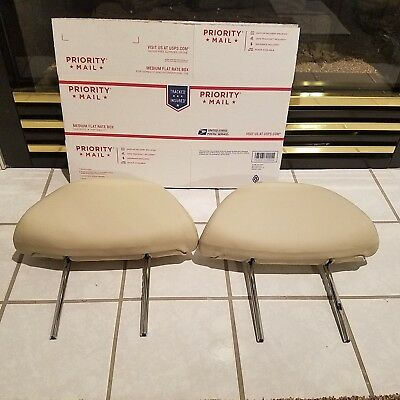 2004 - 2010 LEXUS SC430 OEM RIGHT LEFT FRONT  SEAT HEAD REST good condition
