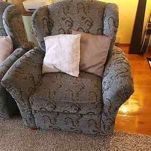 2x single wing back chairs Yagoona Bankstown Area Preview