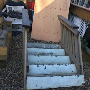 FREE deck stairs. Bring your  own muscle.