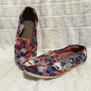 Toms Floral Shoes