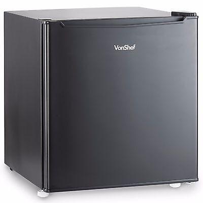 VonShef 47L Mini Fridge Black Counter Top Small Refrigerator Drinks Cooler Black