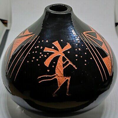 VTG Signed Alvin Navajo Native American Art Pottery Kokopelli Etched Bulb Vase