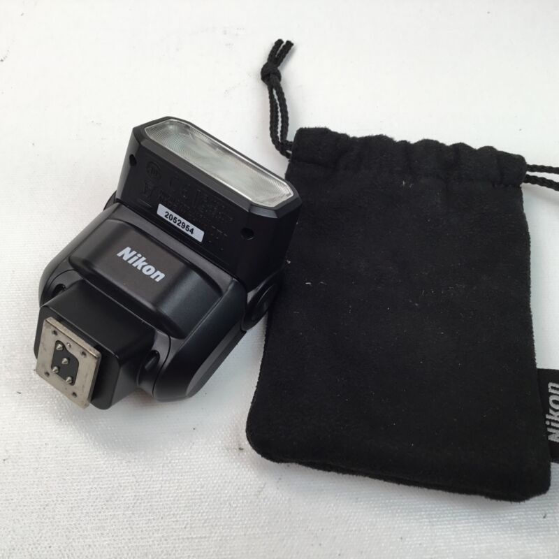 Nikon SB-300 Speedlight Flash Used EX+