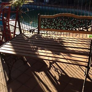 Outdoor bench and table Old Noarlunga Morphett Vale Area Preview