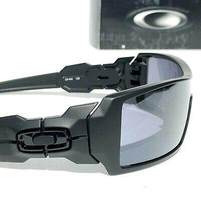 Oakley OIL RIG Matte Black frame w Black iridium Lens Sunglass 9081 03-464