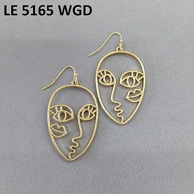 (Gold Tone Retro Art Abstract Cutout Picasso Face Design Drop Dangle Earrings )