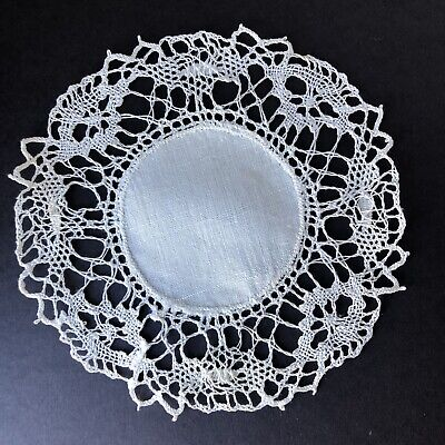 Linen Doily Lace Doily Lacy Linen Circle Vintage White Linen Country Chic Vintage Linen Shabby Chic Decor Vintage Linen Doily