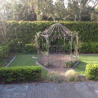 Metal garden gazebo frame / rotunda Bolwarra Maitland Area Preview