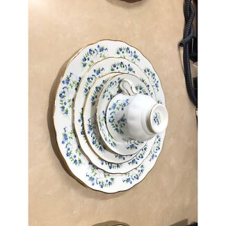 queen anne bone china sonata forget me nots  8598 entree plate plate