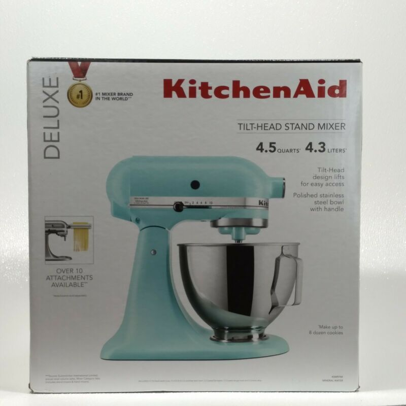 Kitchen Aid~Tilt Head Stand Mixer~4.5 Quart~Deluxe~New In Box.