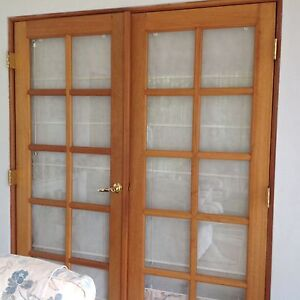 A pair of  quality French  doors in glass and timber Mount Nasura Armadale Area Preview