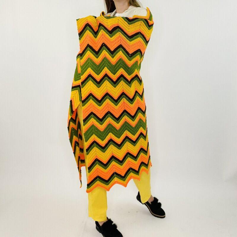 Vintage Hand Crochet Knit Bright Zig Zag Granny Rectangle Throw Blanket