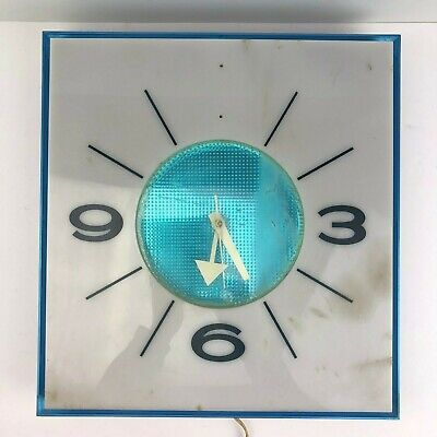 Vintage Pepsi Cola G-664 Fluorescent Illum Clock (Parts / Repair)