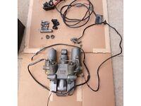 Yamaha 60 Hp 3 ram Power Tilt and trim Assembly w/relay & pins