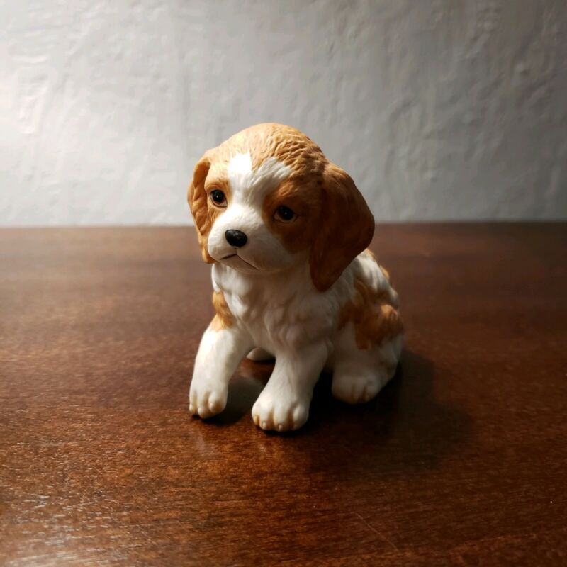 Vintage Homeco Spaniel Brown White Puppy Dog Porcelain Figurine 8828