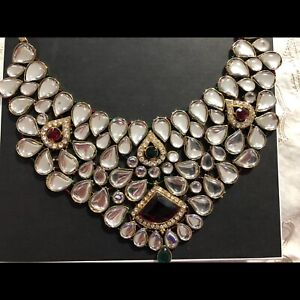 Indian bridal necklace and handset