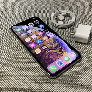 iPhone XS MAX 64GB Silver Unlocked
