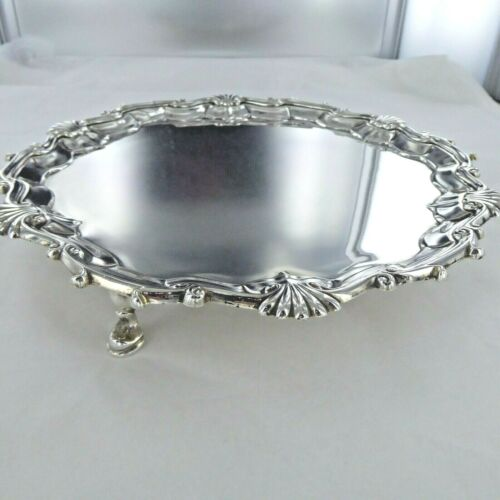 A GOOD ANTIQUE STERLING SILVER SALVER. LONDON 1751. WILLIAM PEARSTON.