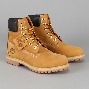 Timberland Original 6inch Premium Nubuck Leather Men 9 US Boots