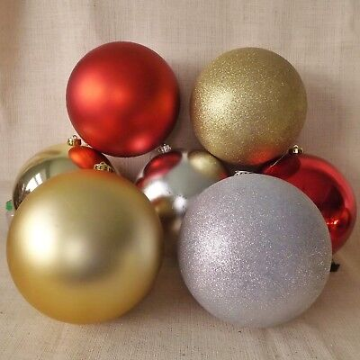 Giant Red Gold Silver Bauble Christmas Tree Display Decoration Glitter Matt 20cm ()