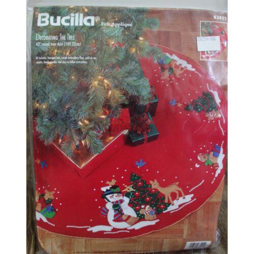 "BUCILLA #83421 Decorating The Tree 43"" Tree Skirt  FELT APPLIQUE NEW 1996"