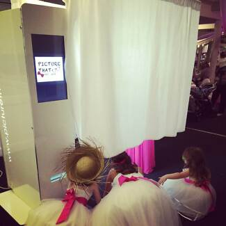 PictureTHAT Photobooth Hire Sydney -Affordable & Fun! Photo booth