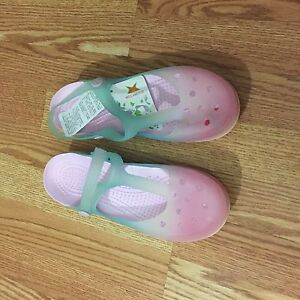 Water proof garden shoes NEW WITH TAG