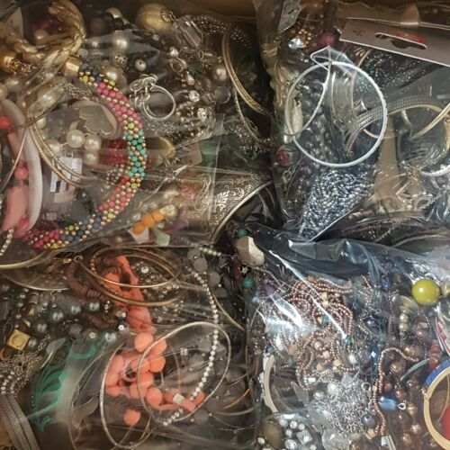 Jewellery - 2KG Job Lot Mixed Costume Jewellery Bundle Craft Bead ReSell Upcycle FREE UK P&P
