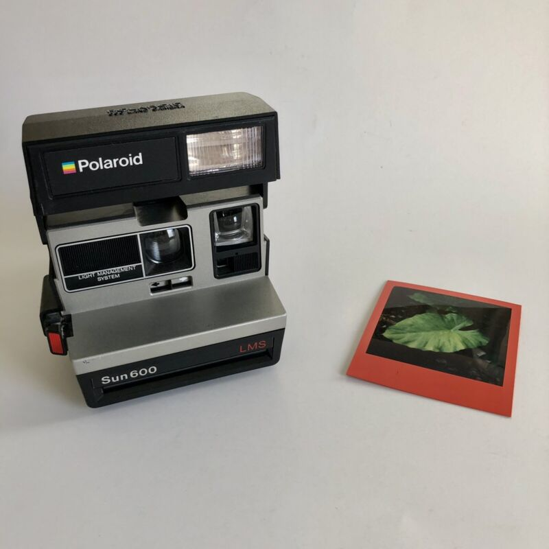 Polaroid Sun 600 LMS Instant Film Camera with Strap - Tested and Working 📸