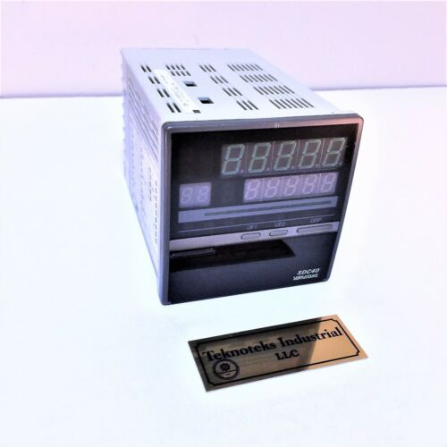 YAMATAKE SDC40L DIGITAL INDICATING CONTROLLER