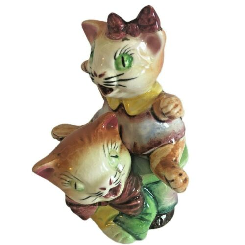 Vintage Cats Playing Stacked Salt And Pepper Japan