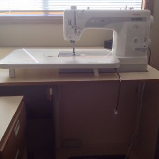 Janome 1600P QC Long Arm sewing machine Grays Point Sutherland Area Preview