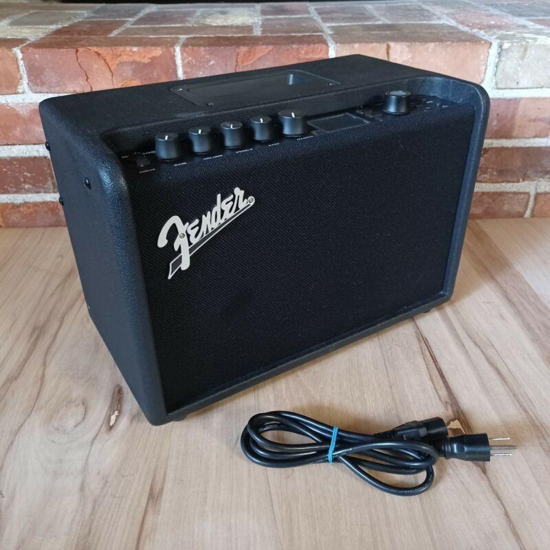 Fender Mustang GT40 40 Watt Combo Guitar Amplifier *Nice! *Works Great