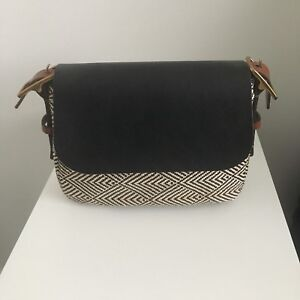 Harper Small Crossbody